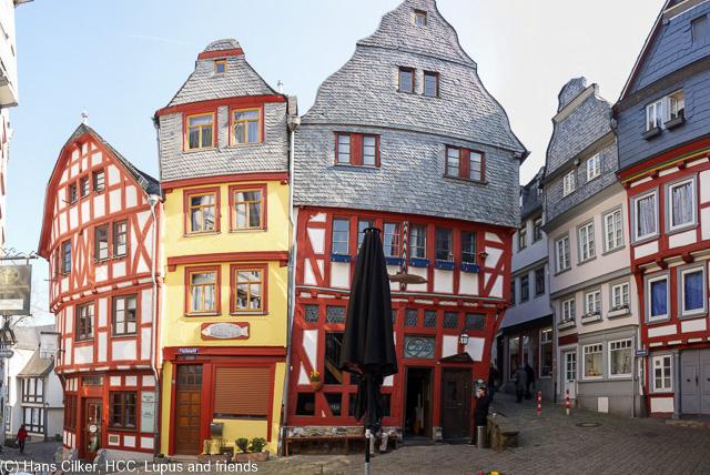 fein ist das Lahntal auch wenn wir noch länger am Rhein ausgehalten hätten, Limburg dann eine Überraschung, selten so eine tolle Stadt gesehen.