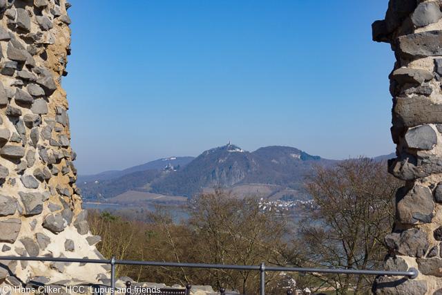 Auf gehts, wieder den Rhein hinauf und es fängt beim Rolandsbogen genial an, das hält durch bis Remagen, eine klasse Tour